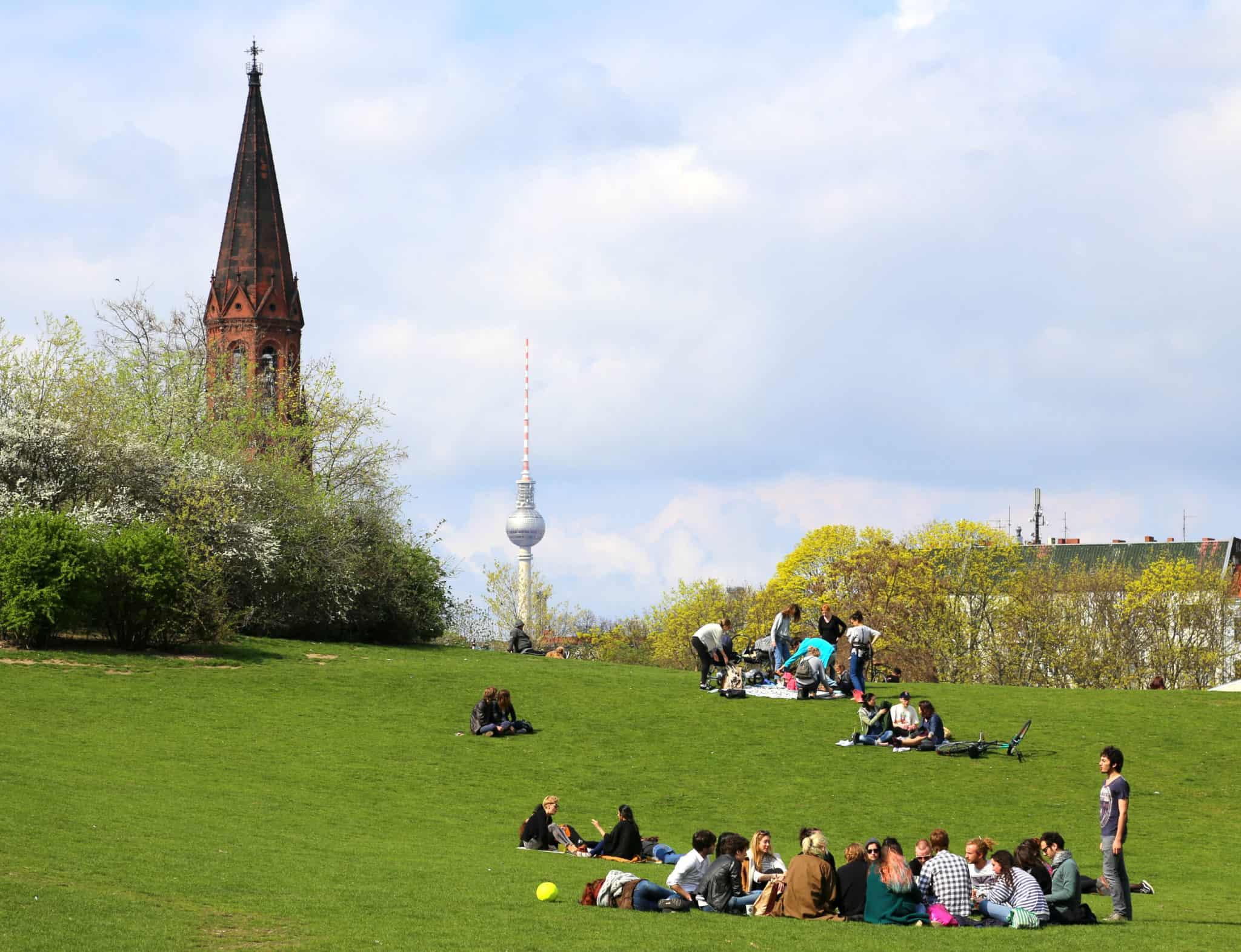 grlitzer-park-berlin-loves-you-1