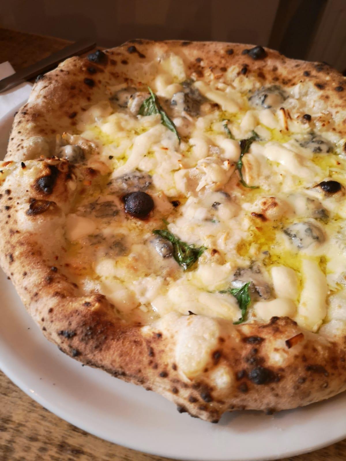 Futura Pizza 5 formaggi 2