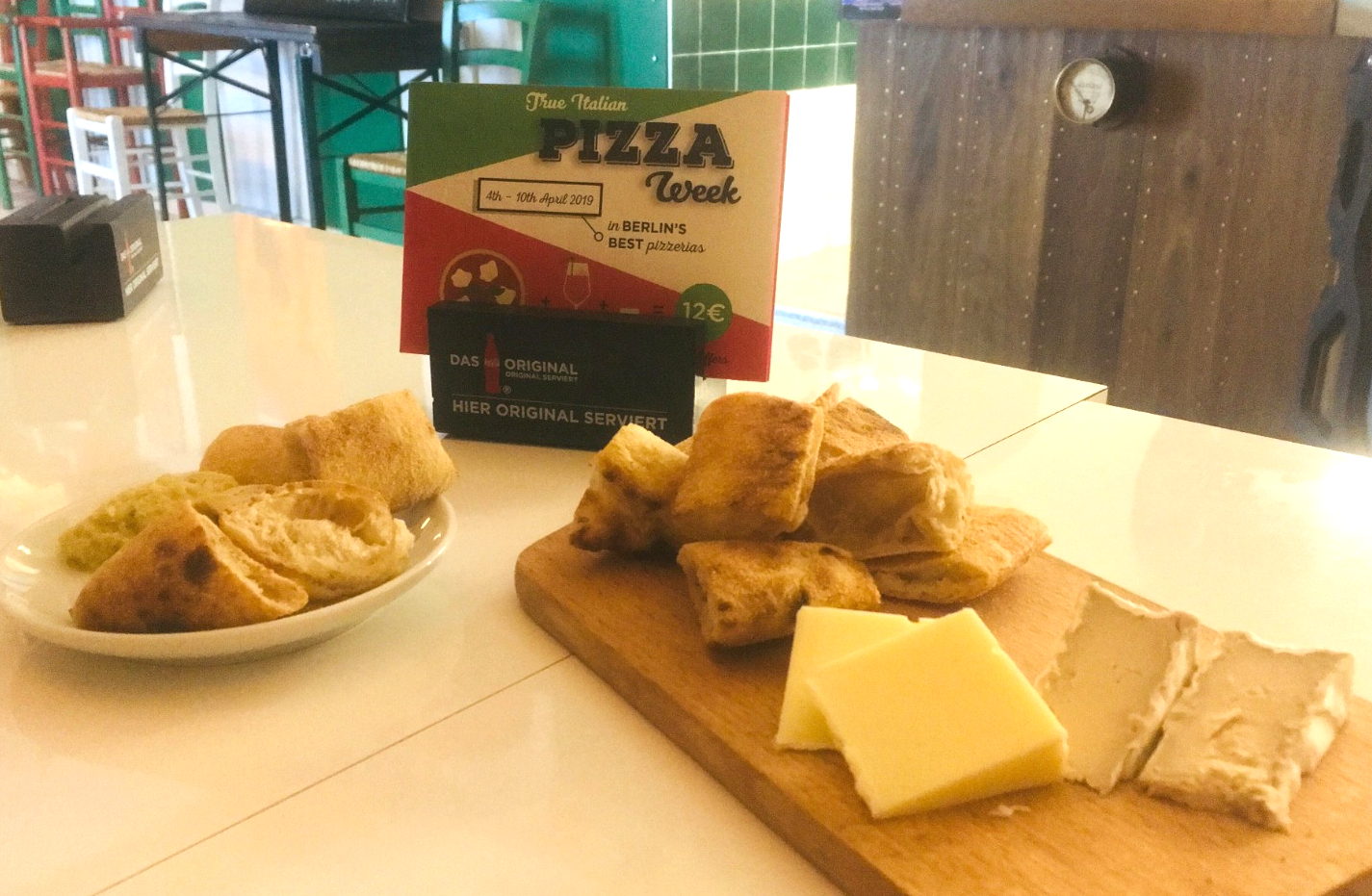 Pizzare-Vegan-Foccacia-and-cheese